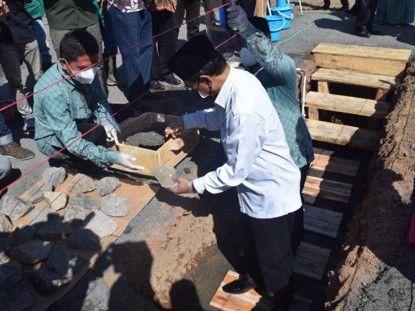 Peletakan Batu Pertama Kampus 3 Pengembangan SMA Almuttaqin